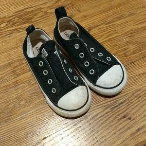 Toddler black Converse Chuck Taylor All Star Sz 8